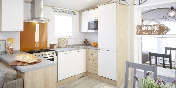 Atlas caravfans to buy in Cornwall at Silverbow
